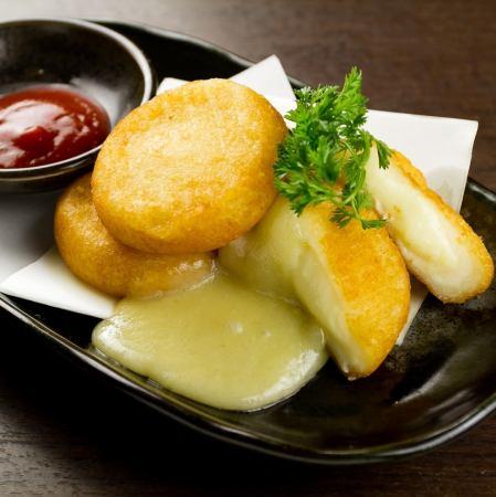 チーズたっぷりポテトもち/若鶏の唐揚げ オリジナルソース