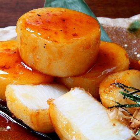 ソーセージ三種盛り/特製旨ダレの山芋ステーキ