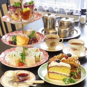 【Refreshing with a rich aroma of herbs】 «Herbal afternoon tea set» 4000 yen (tax included)