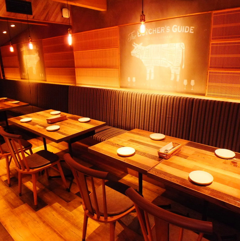 The table seats can be connected, so the banquet after 10 names is also possible side by side ♪