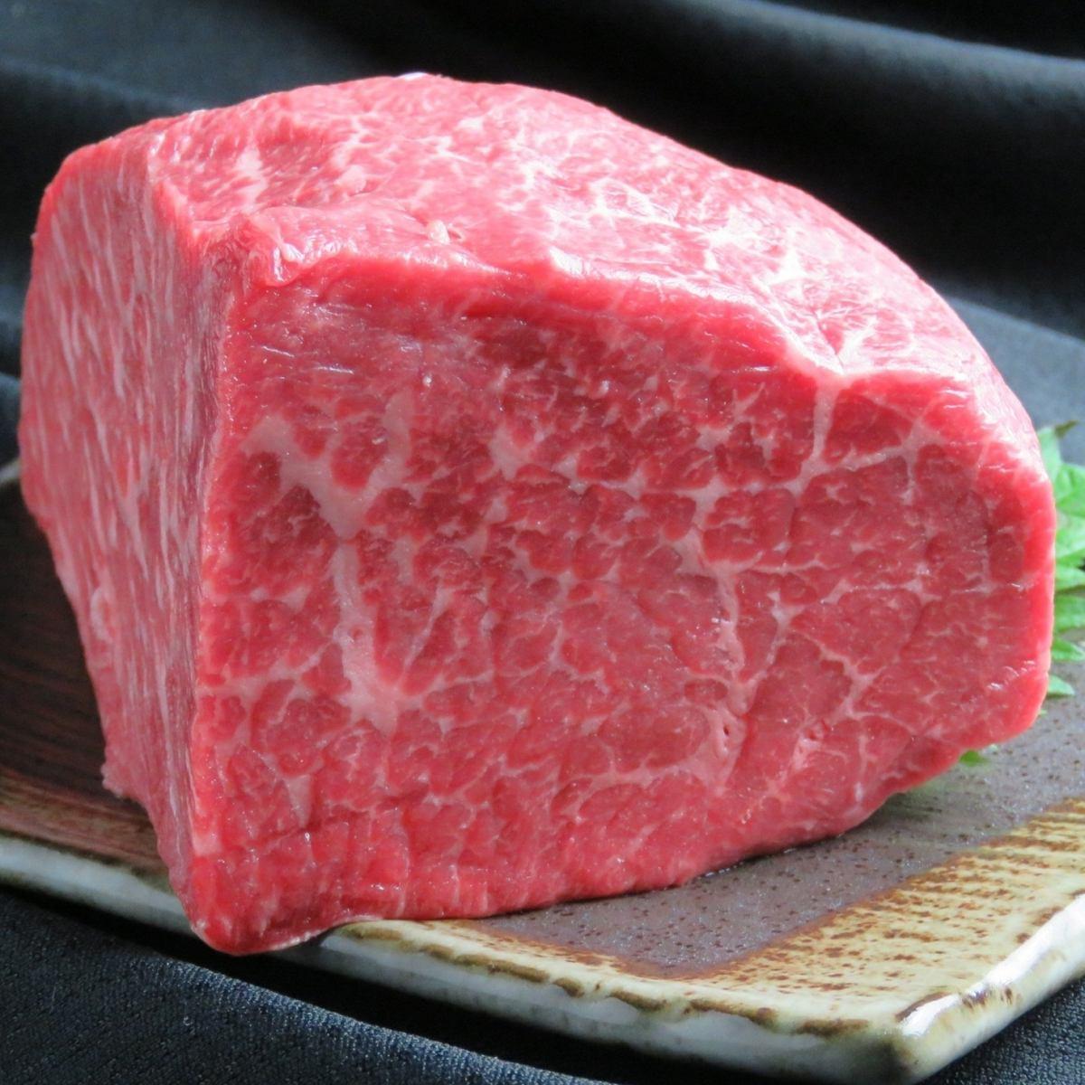 上質な肉を1枚単位。新しいスタイルの焼肉で贅沢な夜を…