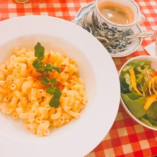 アルペンマカロニ(グルエールチーズ入り)