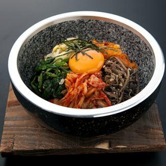돌솥 비빔밥 / 육개장 국밥 / 비빔밥