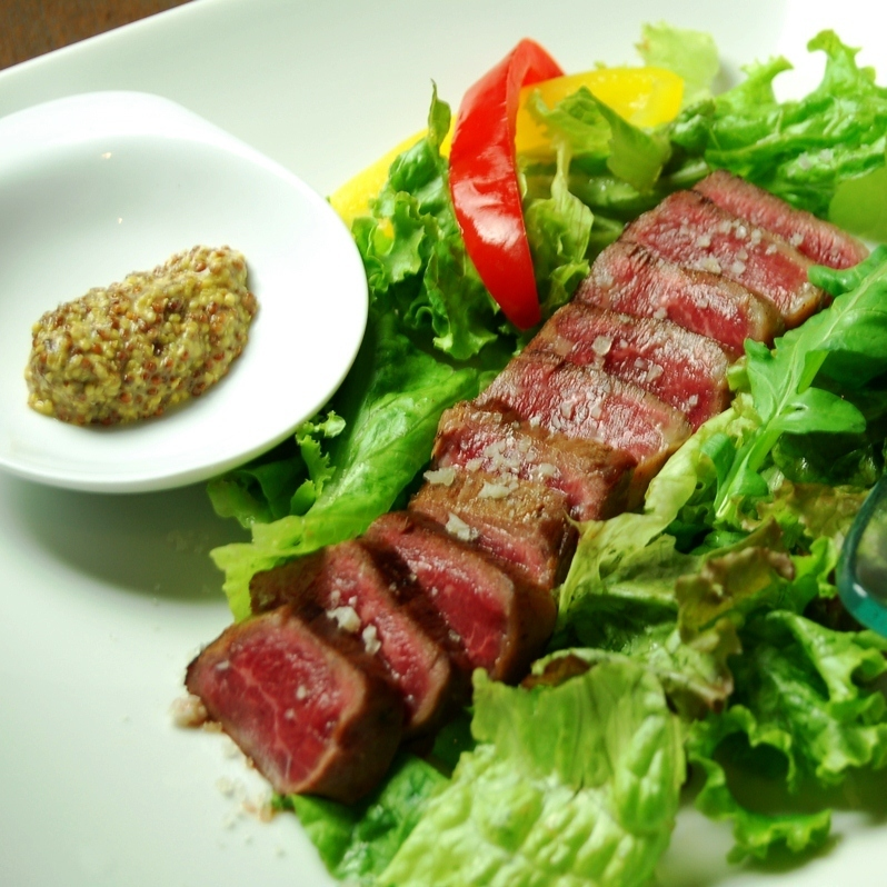 Rare steak of rare unleaked Wagyu Uchimomo 100 g