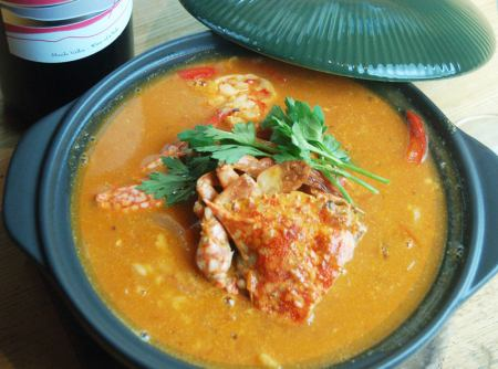 Crab and shrimp in tomato Cardoso