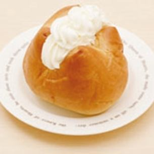 Raquelpan whipped cream