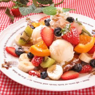 Fruit basket French toast