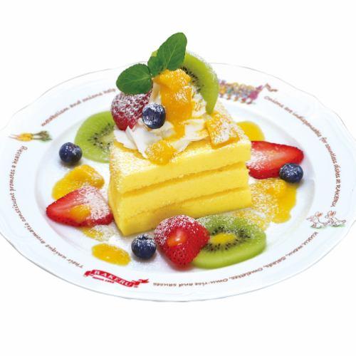 フルーツカスタードケーキ