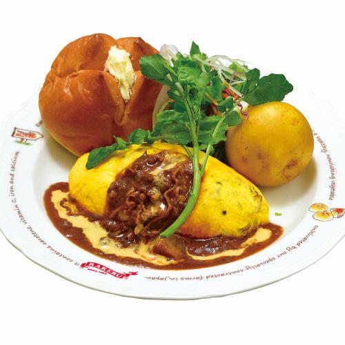 KUKUきのことチーズのごちそうシチューオムライス