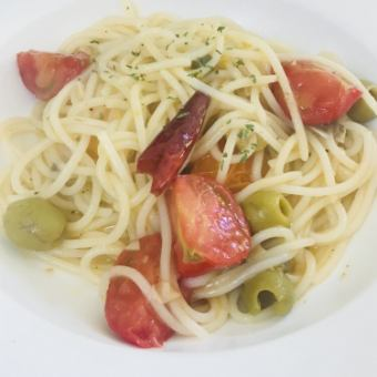 【Night cafe · dating · night rice ♪】 pasta set course (appetizer / salad / with dessert) 2380 yen (tax excluded)