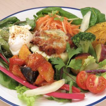 월요일 · 화요일 밖에 먹을 수없는 ★ 시즈오카 현산의 땅 야채 듬뿍! 야채 접시 총 4 종 1280 엔 (별도)