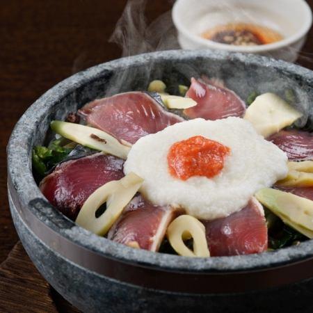 カツオと山芋の石焼ビビンバ飯