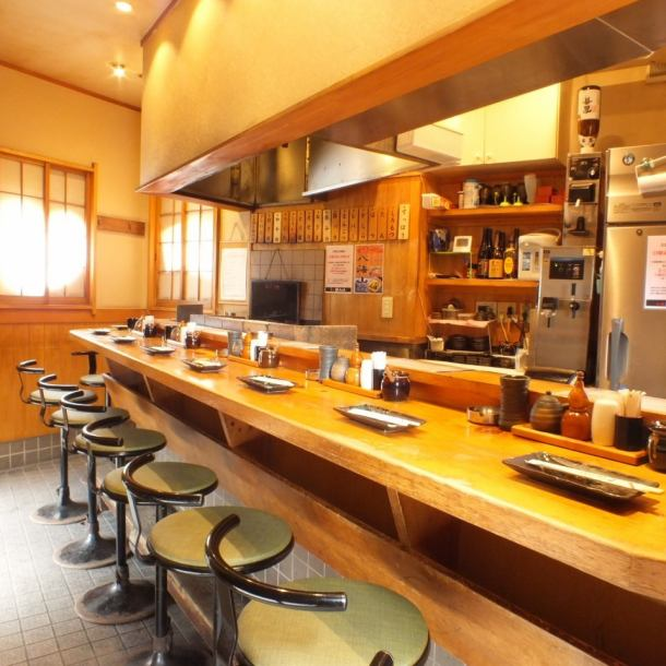 Atmosphere that the easy-to-see menu table pasted on the wall is old-fashioned izakaya.Enjoy the atmosphere returned to the era of Showa ♪ Drink well in an old-fashioned old-fashioned izakaya! Well drink calmly well!