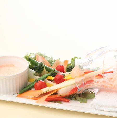 アンチョビソースの野菜ディップ