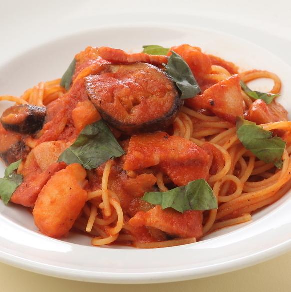≪Tomato Base≫茄子とベーコンのトマトソーススパゲッティ