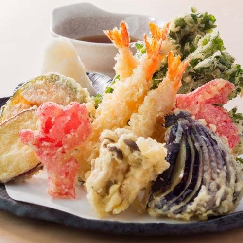 ■なにわ味 九種の天ぷら盛り合わせ