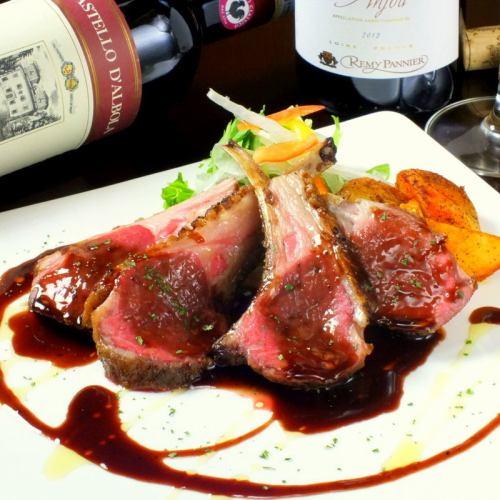 仔羊肉のロースト ~赤ワインとフォンドボーのソース~