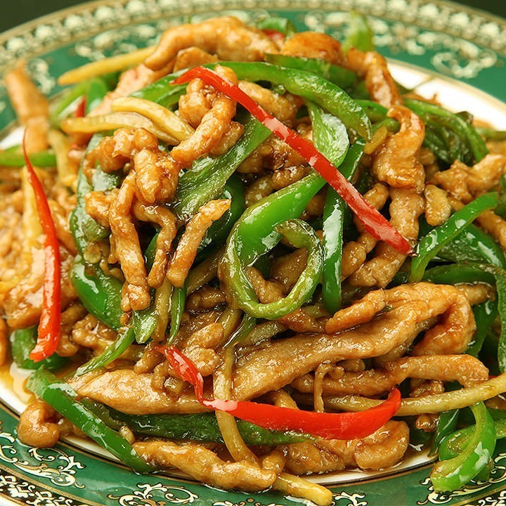 Stir-fried beef and green pepper