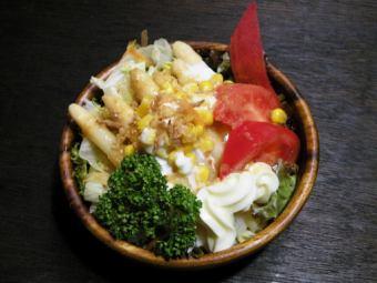 アスパラガスサラダ / トマトサラダ / ツナサラダ / ツナコーンサラダ