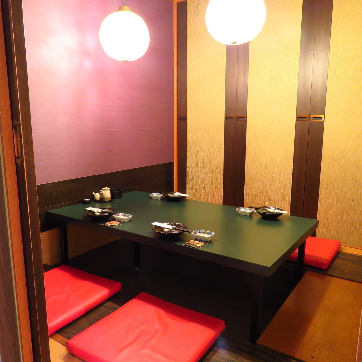 Open until 27 o'clock! You can relax and enjoy it even in late evening in a fully-private room.