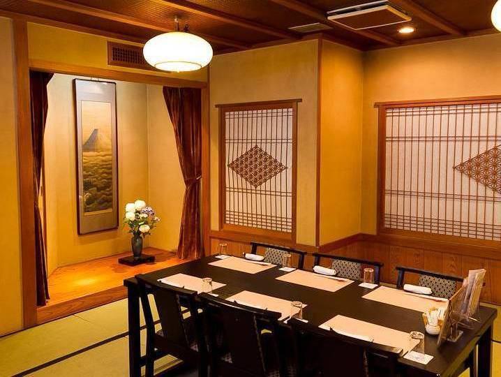 全室が完全個室・完全予約制ですので落ち着いたお食事会等に