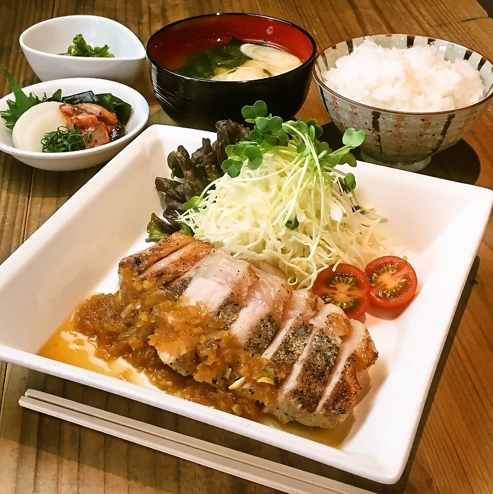 "Popular ★ Naka lunch ""Sushi-baked set meal"""