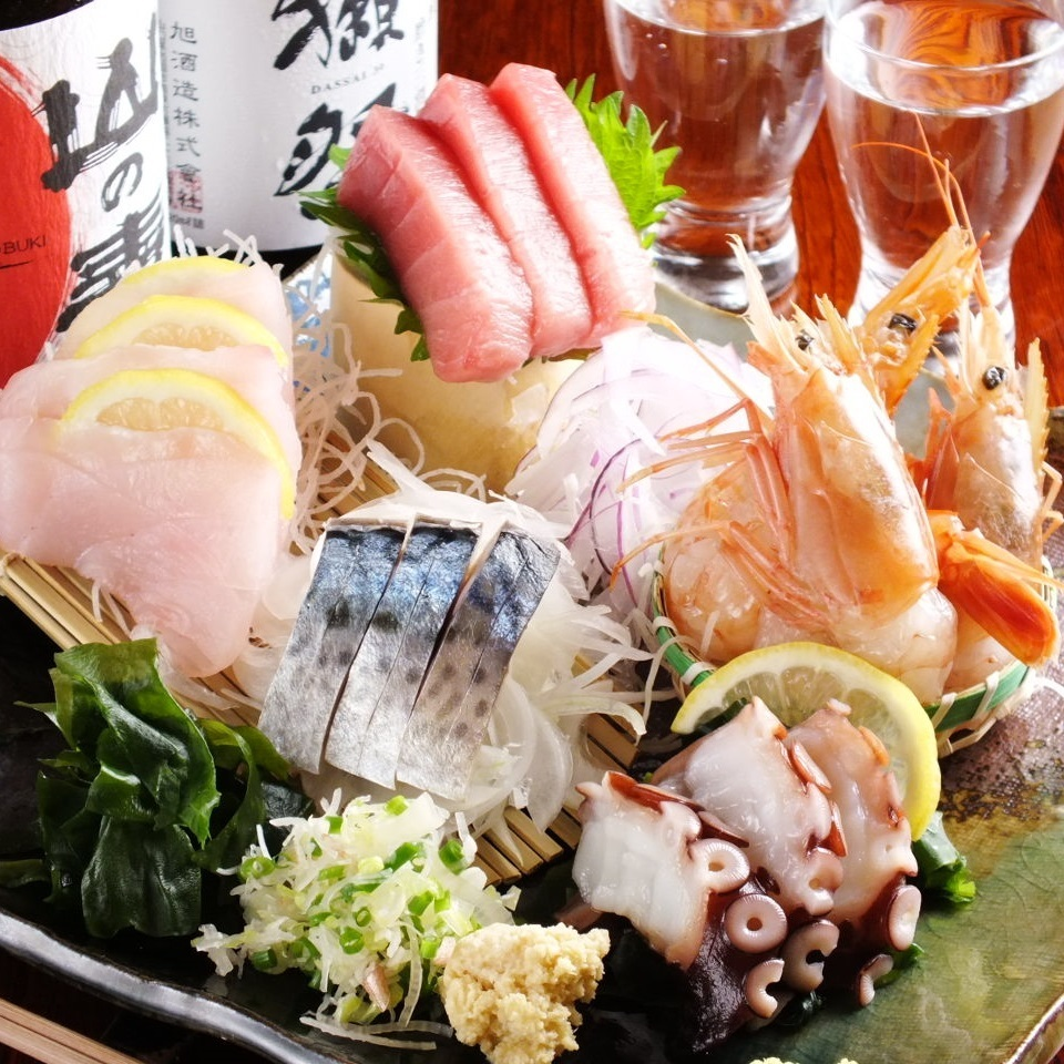 Fresh fresh fish and vegetables available