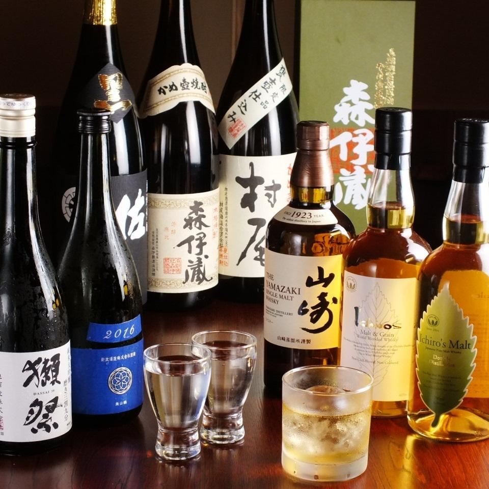 Various kinds of sake and shochu prepared