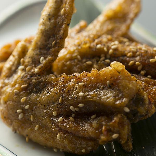 닭 날개의 극한 튀김