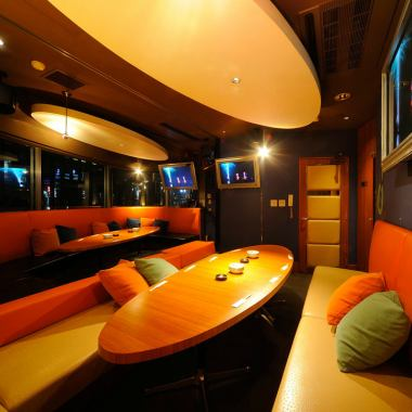 ★ VIP Room ★ 【Up to 32 people】 Enjoy the night view ♪ Karaoke and DVD · Blu-ray etc are also complete, not just singing, you can also produce a variety of styles! A large window is a plenty of open feeling!