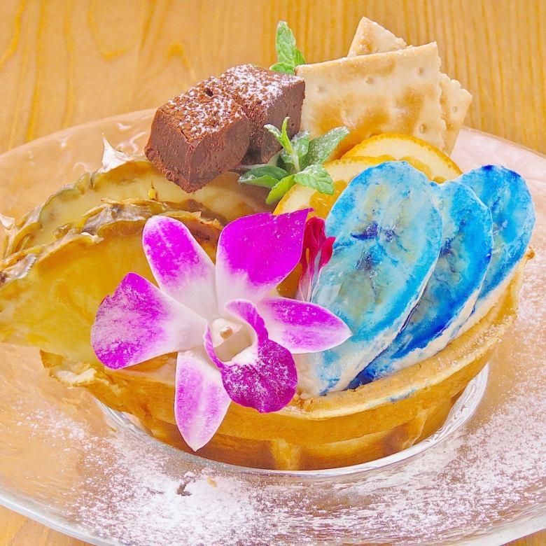 蓝色香蕉奶蛋烘饼