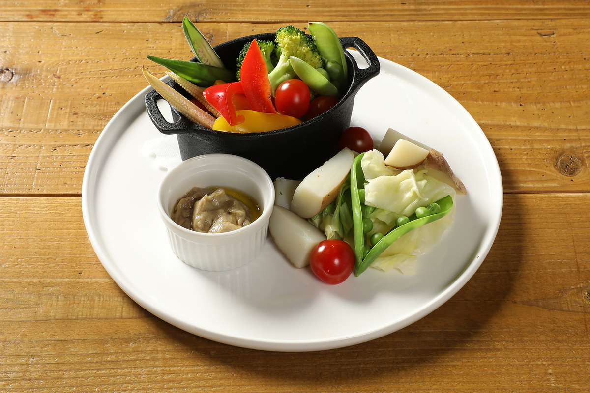 Warm vegetables Bagna cauda