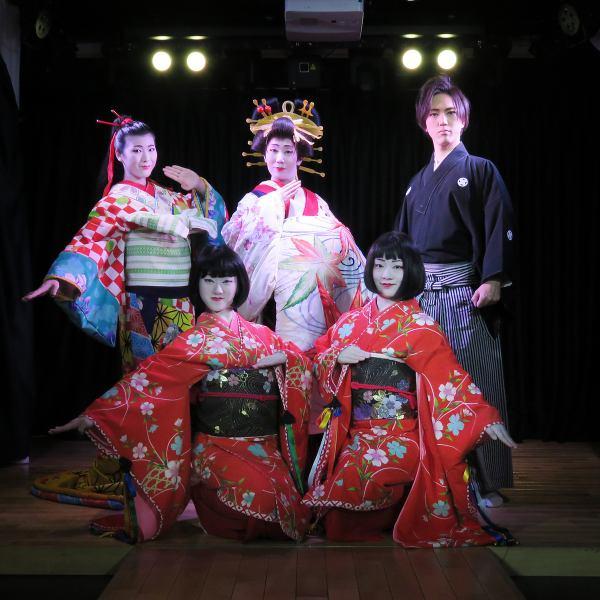 伝統的かつ前衛的なエンターテイメントショー 【入場料 3000円(1ドリンク制)】
