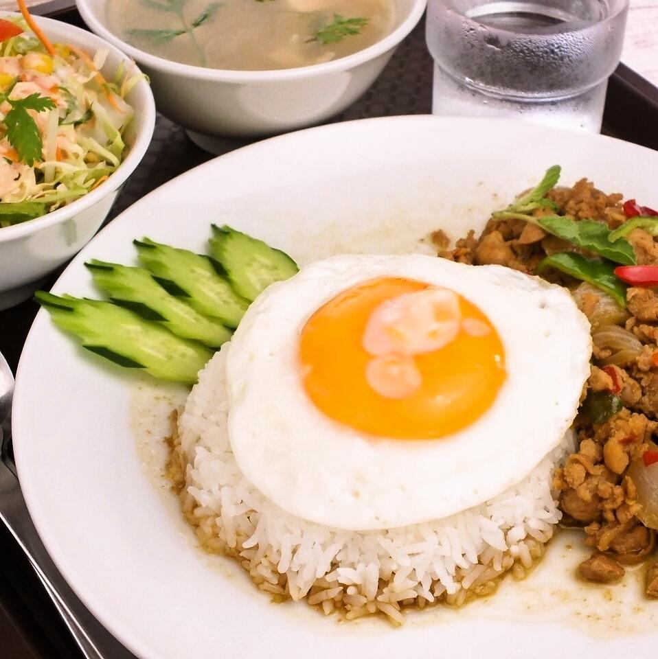 Gapao饭(配煎蛋)