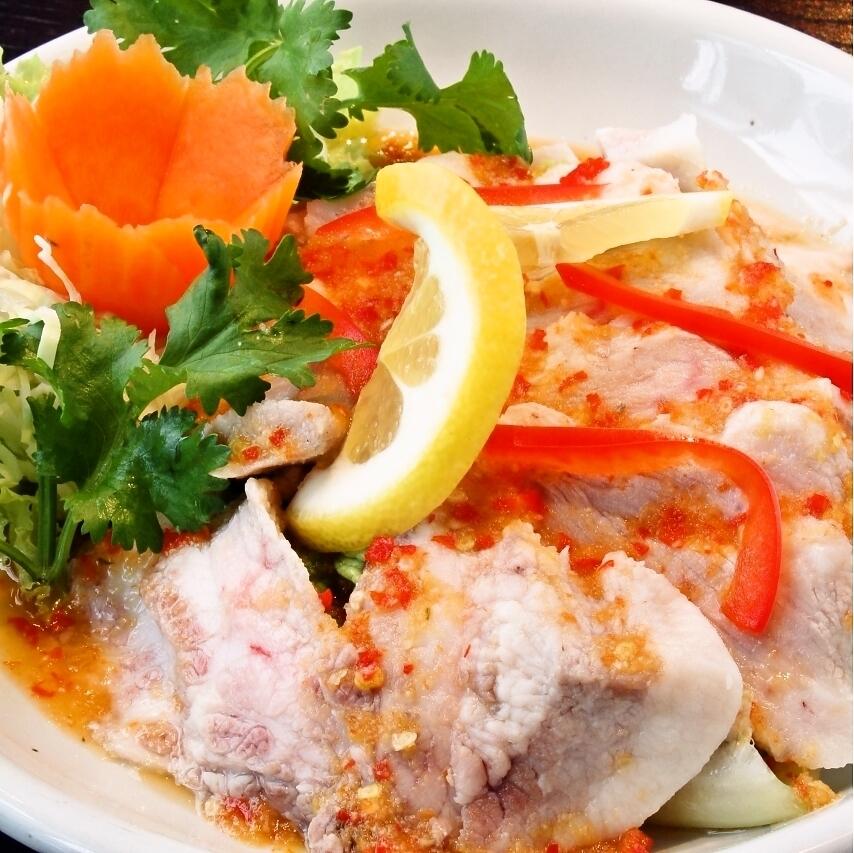 木曼瑙(猪肉柠檬味沙拉)