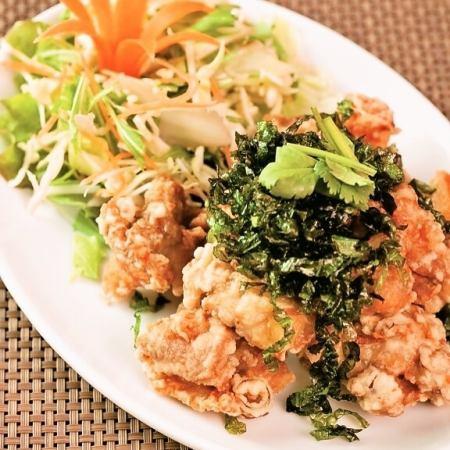 Nan Guy Toto (fried chicken skin)