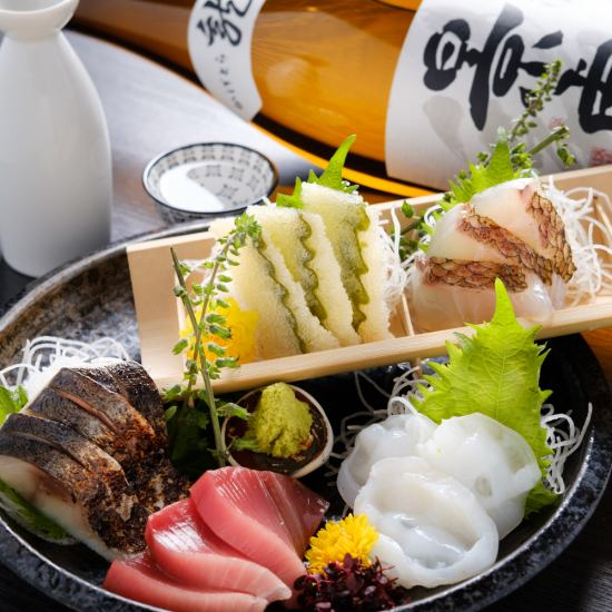 Enjoy fresh fish dishes of the Tsukiji market-fresh! Liquor to match the sashimi is, select from monthly all over Japan the sake of quite difficult to obtain vision !!