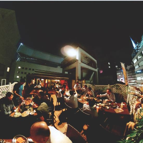 In the middle of the city! Prepare a fun party on the rooftop wood deck terrace ♪
