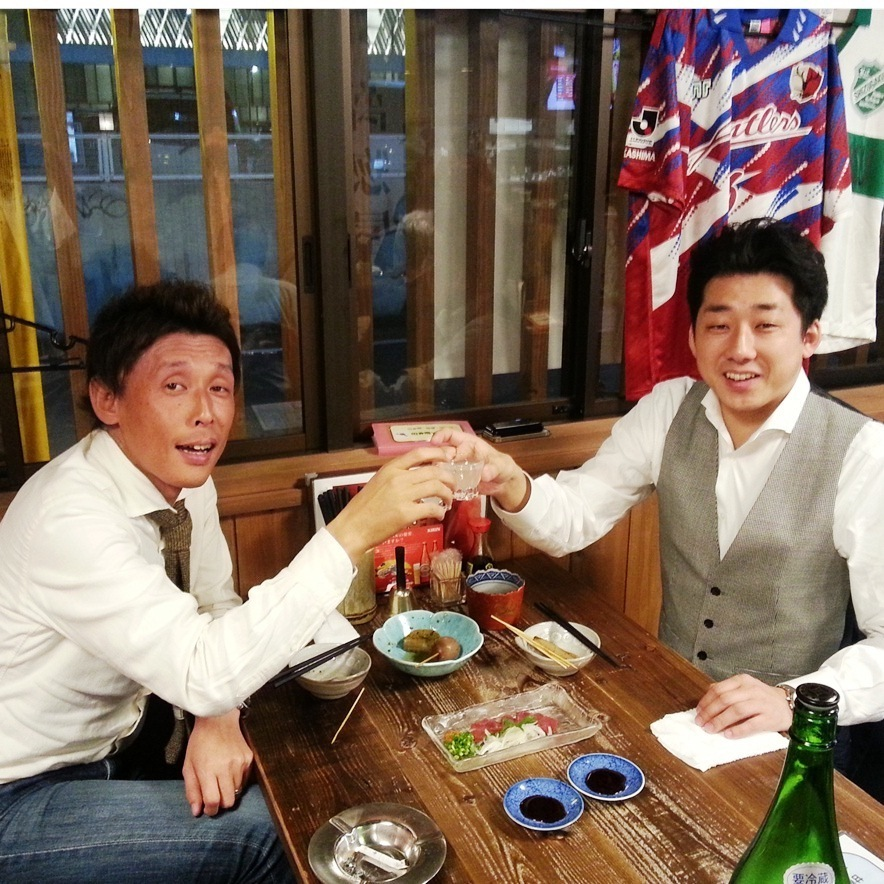 [Banquet scenery] ♪ at the table well ♪ Please heal the fatigue of work with sake