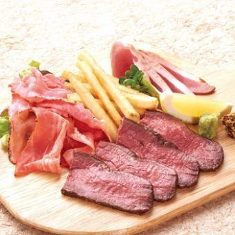 Three points of meat (roast beef, pastrami pork, roast duck)