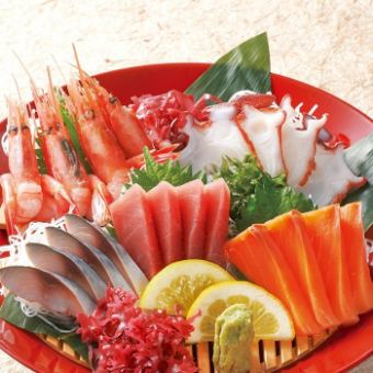 생선회 다섯 종 모듬 (세금 별도 1280 엔), 3 점 모듬 (세금 별도 760 엔)