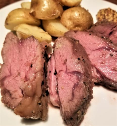オーストラリア産仔羊ランプ肉のロースト ジャガイモのソテー添え(約200g)