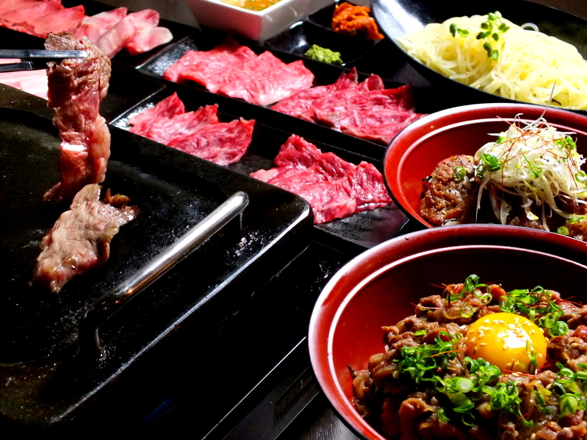 Yamato lantern with meat BAR flow! Yakiniku and wagyu beefu, cold noodles also ◎
