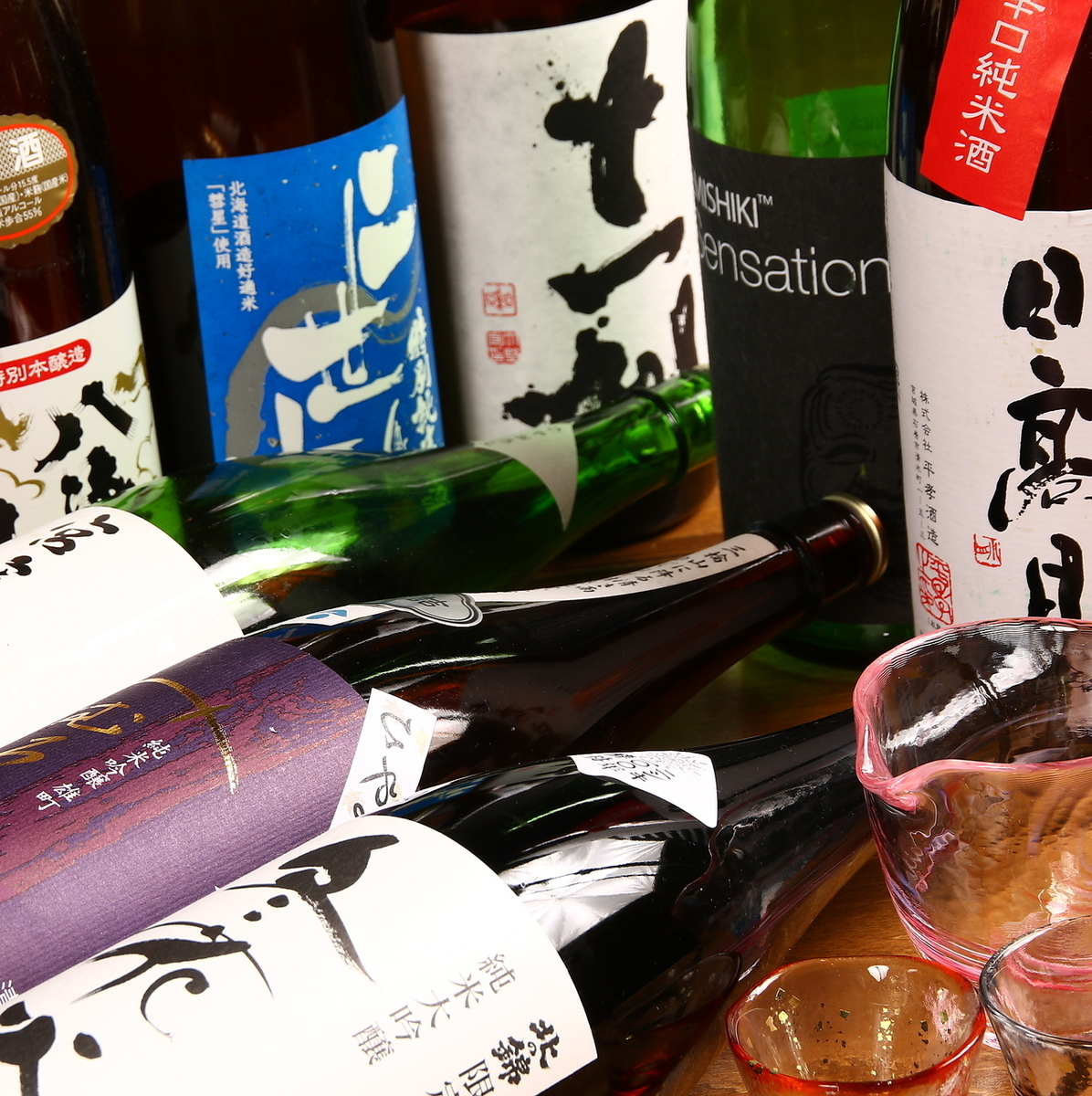 Various kinds of local sake ♪ ♪
