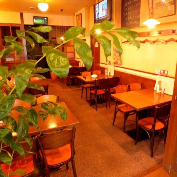 【お昼の宴会も受付中♪】昭和レトロな雰囲気のオシャレ空間で昼から本格エビスビールが愉しめる!