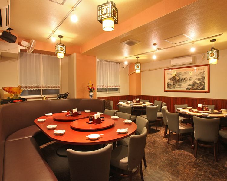 Speaking of Chinese cuisine ... Round Table! Our round-priced round table private room has three round tables, it is possible for banquets with up to 30 people! Not only authentic Chinese cuisine but also the atmosphere can be enjoyed. Please relax and have a party in a relaxing private room with your precious friends and have a relaxing Chinese!