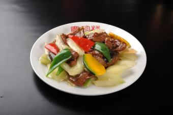 Stir-fry cow thigh meat with oyster sauce