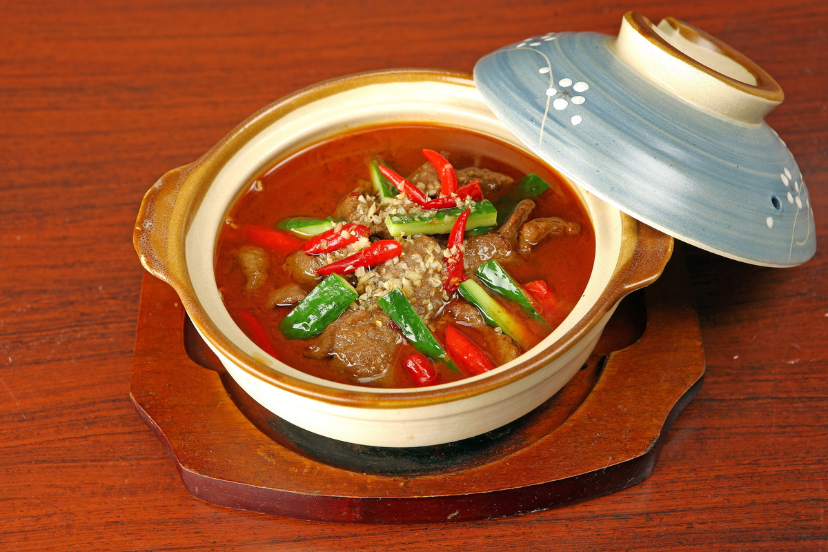 Sichuan style beef pot