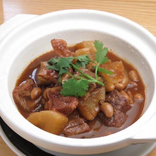 大根と牛バラ土鍋