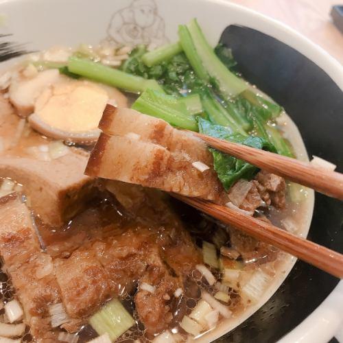 ルーロー麺
